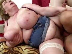 Fat mature banged by a young..