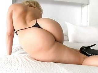 Her Striptease Is A Great Juicy Ass Made For Hardcore Fucking