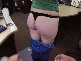 Оттрахал сексуальную блондинку