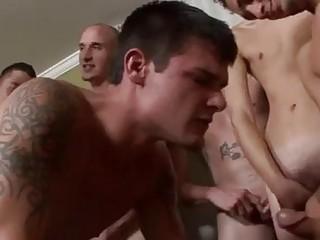 Gratis Porrfilm Videoklipp Gay Med En Jizz-Hagelgevär I Varje Hand Och