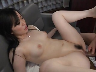 The Charming Eastern Fever Causes A Wet Blowjob