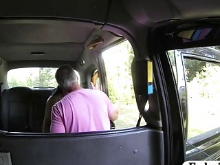 Pretty amateur passenger gets ass banged by fake driver