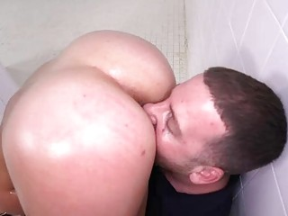 Big Booty Latin Kelsy Monro Gets Asshole Knocked