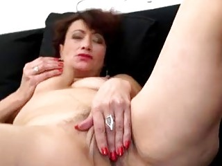 Hairy Mature Woman Masturbates On The Couch
