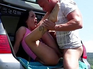 Angelina Wild fucked inside the car