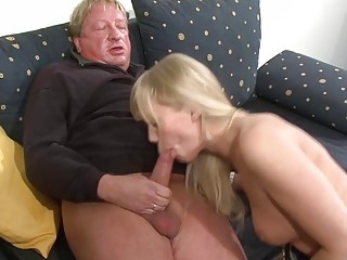 Sexy Blonde In Amazing Hardcore Oral Action