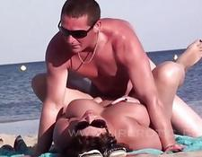 Nudist couples freely enjoy blowjobs and fuck on the beach | Porn-Update.com