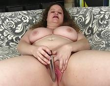Bit Tit Plumper Desi Dae Uses Sex Toys on Her Juicy cunt | Porn-Update.com