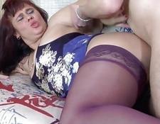 A little boy puts his penish inside his moms butt   Porn-Update.com