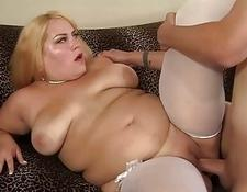 Chunky Blonde Jade Rose Deepthroats a penish Before Being Well have intercourse | Porn-Update.com