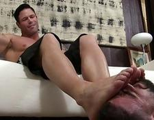 Foot fetish hunks having a private one on one session   Porn-Update.com