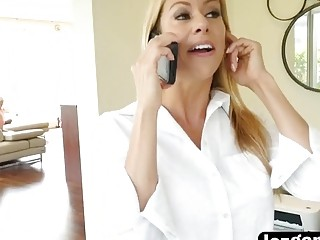 Elsa Genie Is Fucking Her Hot Breast Stepmom Alexis With A Strapon For Cheating On Her Dad